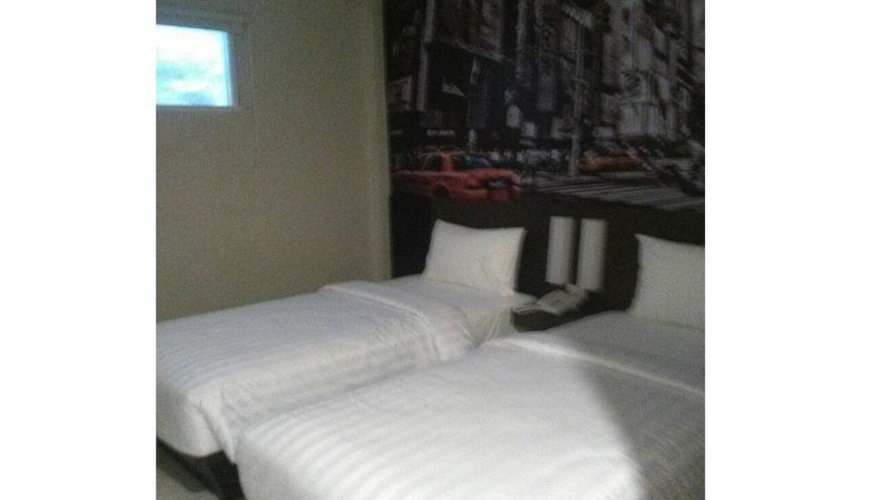 Hotel Sampurna Cirebon - Standard A - Room Only Regular Plan