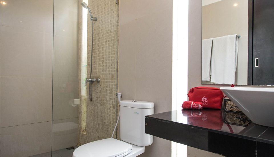 ZEN Premium Ungasan Indraprasta Bali - Kamar mandi