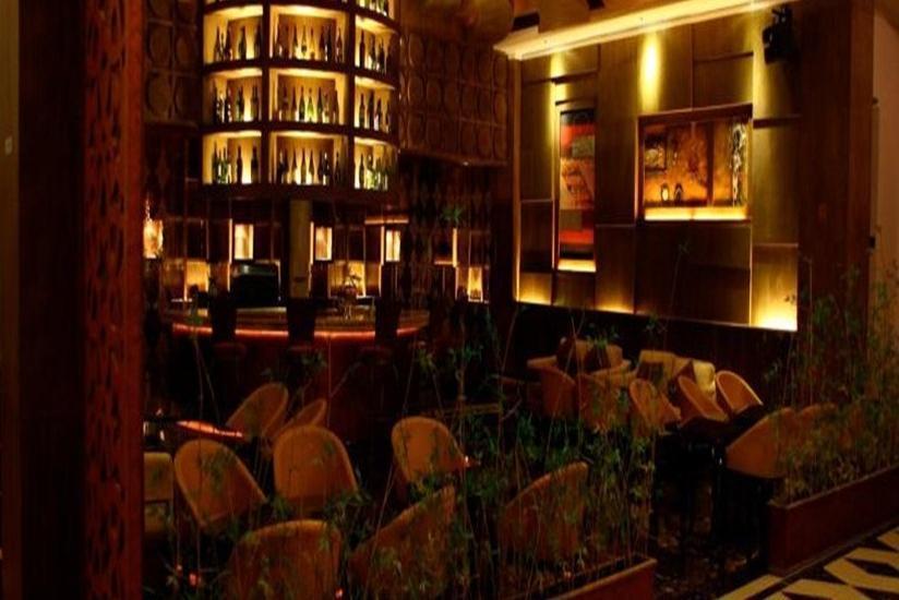 Sahati Hotel Jakarta - Bar