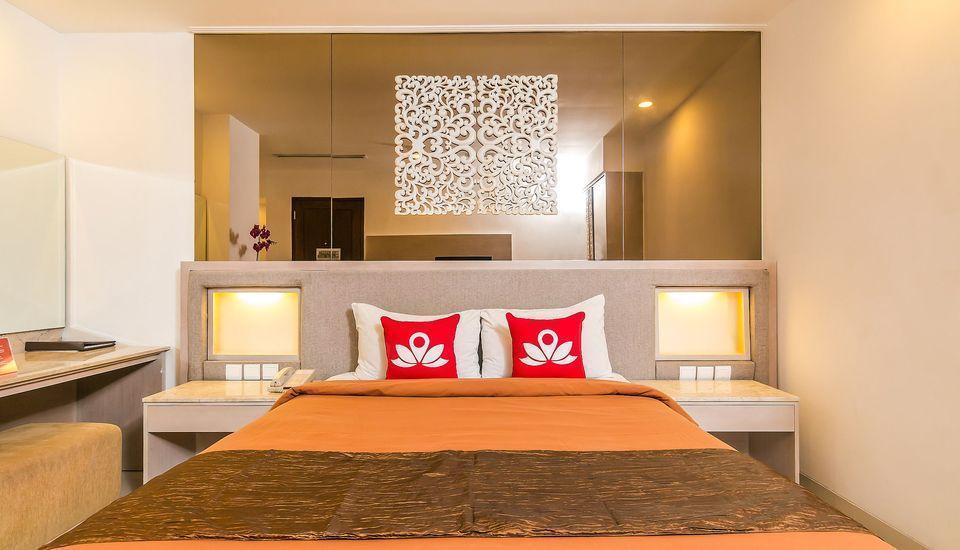 ZenRooms Kuta Angel Beach Bali - Tampak tempat tidur double