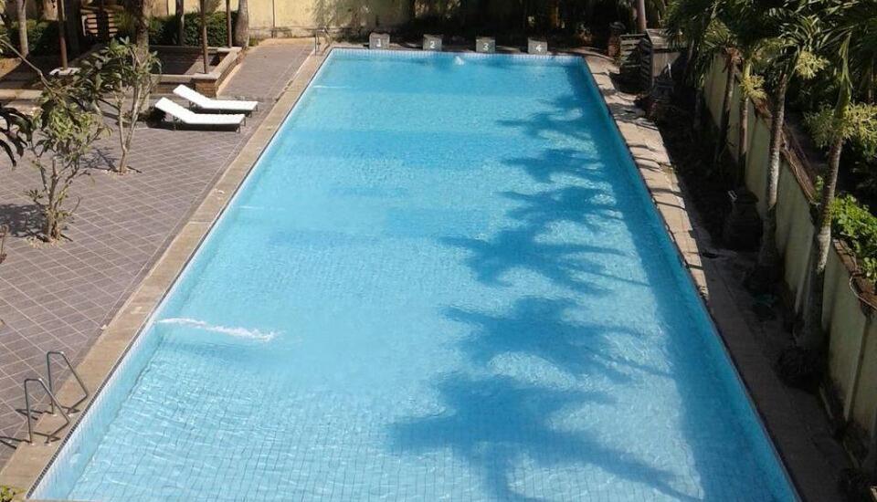Hotel Augusta Garut - Pool