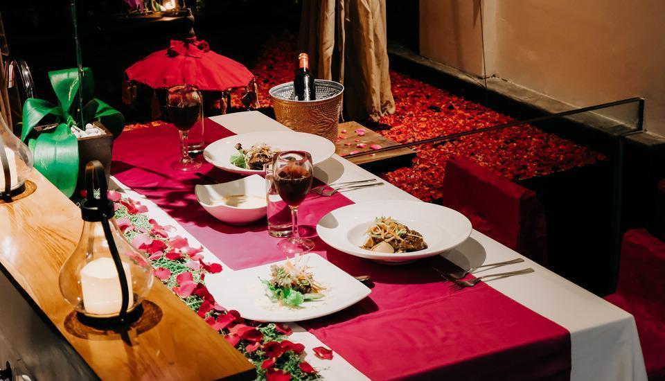 18 Suite Villa Loft Bali - Romantic Dinner additional charge