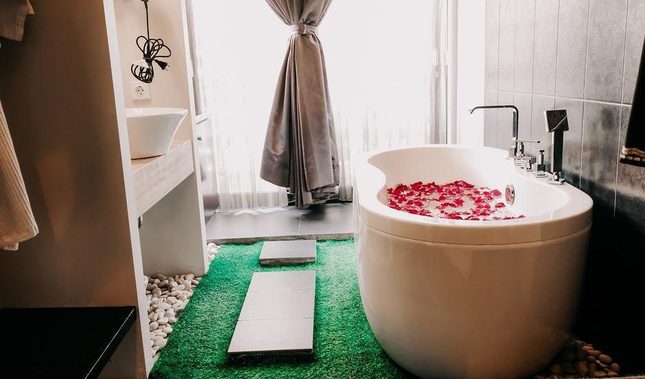 18 Suite Villa Loft Bali - Honeymoon set up additional charge