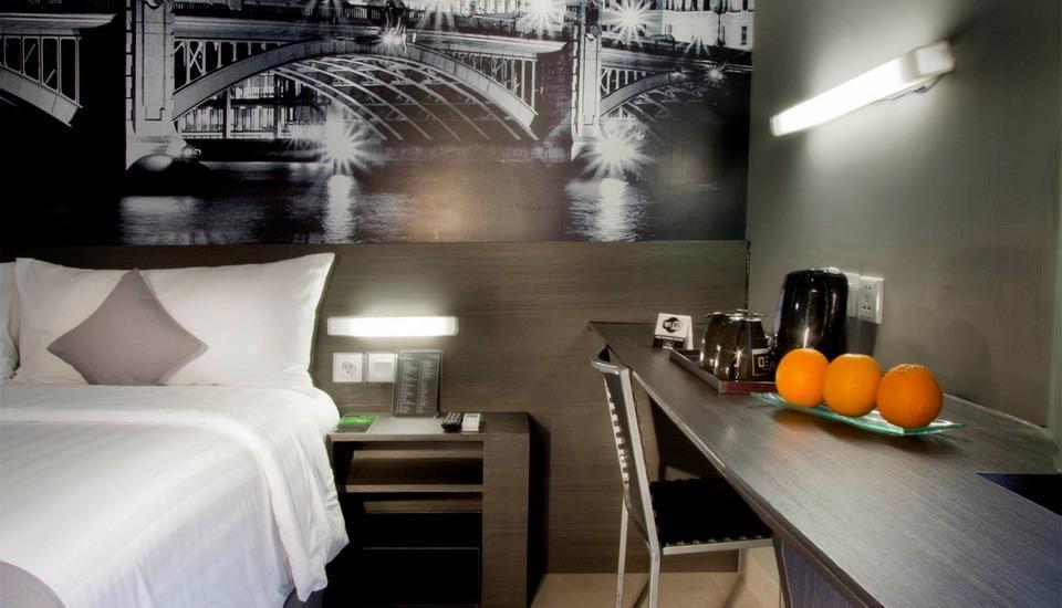 Hotel Neo Tendean Jakarta - Superior Room