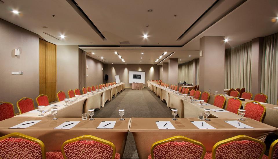Hotel Neo Tendean Jakarta - Meeting Room