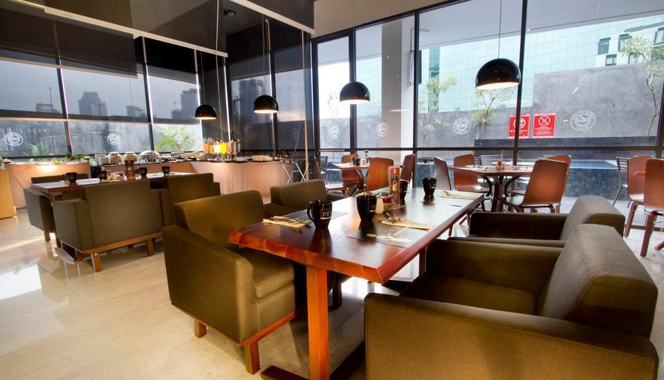 Hotel Neo Tendean Jakarta - Restaurant