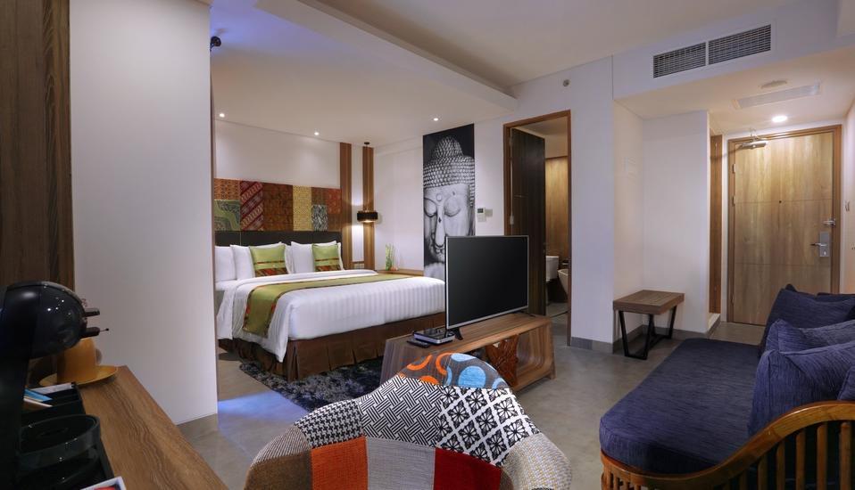 Vasanti Kuta Hotel Bali - Deluxe Bedroom