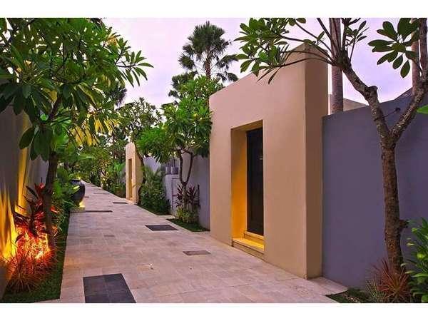 The Seminyak Suite Bali - Villa Pathway