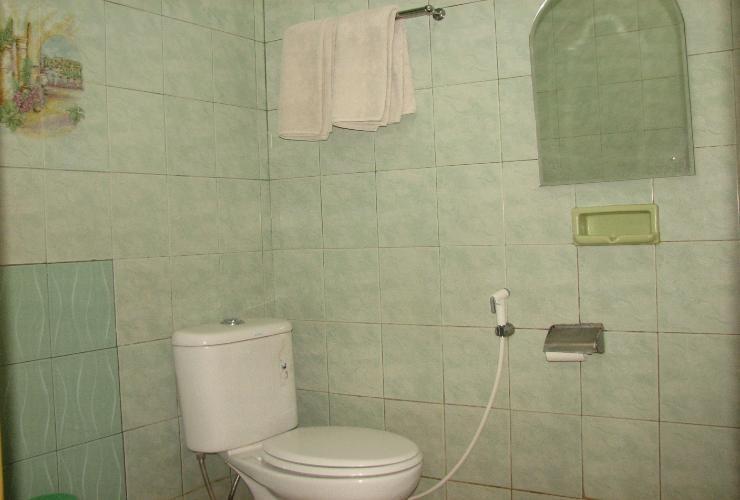 Hotel Naratas Bogor - Bathroom