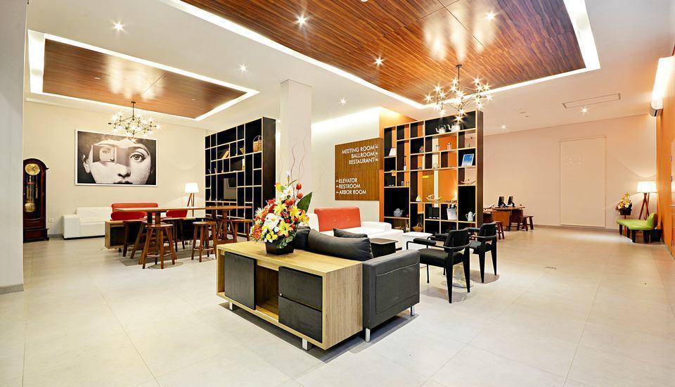 TreePark Hotel Banjarmasin - Lobby