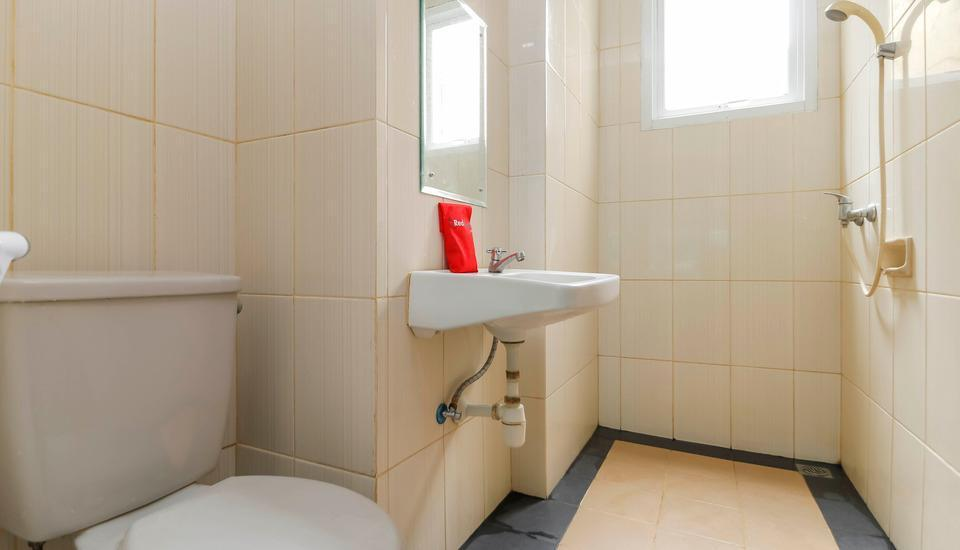 RedDoorz at Lebak Bulus Raya 2 - Bathroom