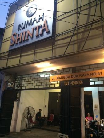 Rumah Shinta Jakarta - Bagian Luar