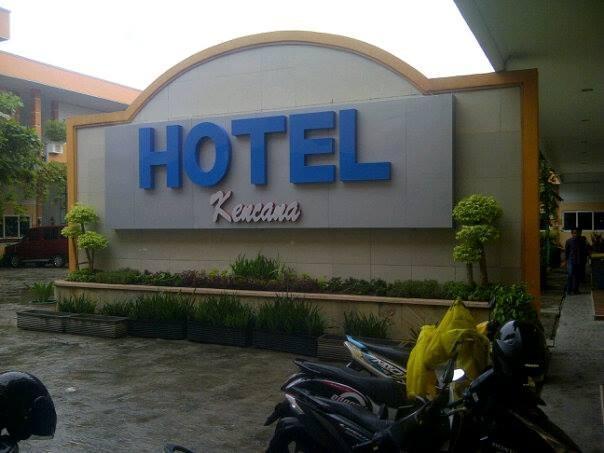 Hotel Kencana Rembang Rembang - Exterior