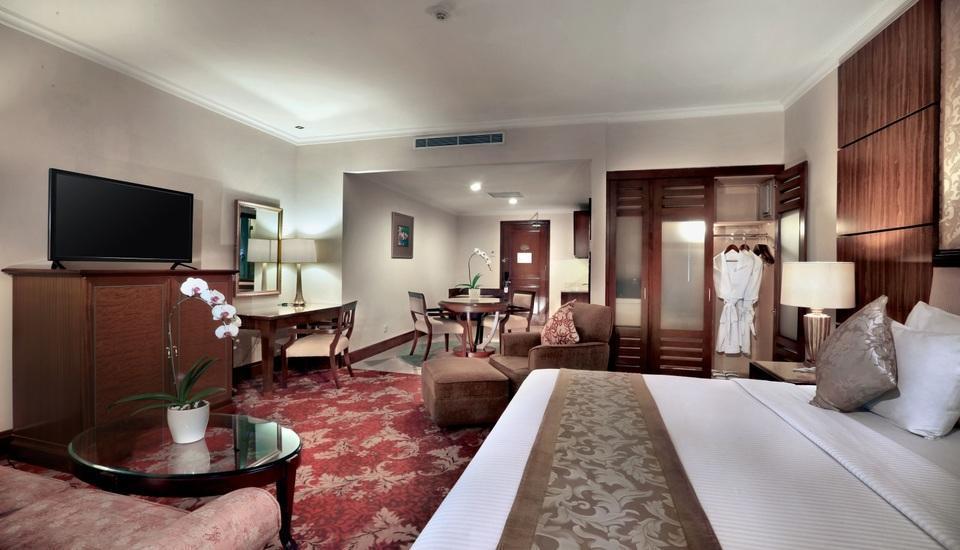 Aston Tropicana Bandung - Junior Suite