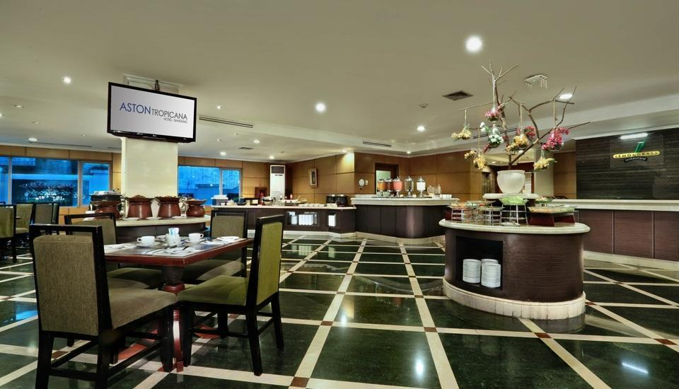 Aston Tropicana Bandung - Buffet Setup