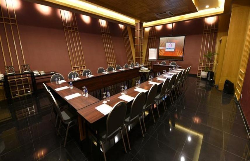 Sakura Park Hotel & Residence Bekasi - Ruang Rapat