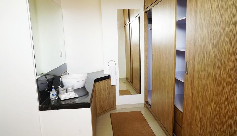 Ocean View Residence Hotel Jepara Jepara - Deluxe Room Ocean View Regular Plan