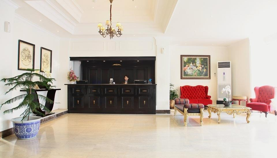Hotel Sutomo Makassar - Receptionis