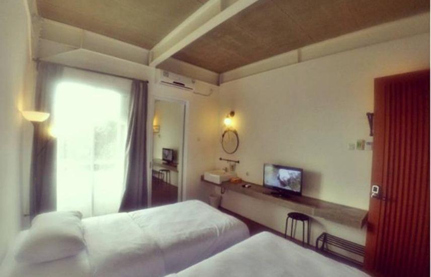 Hotel Bukit Juanda Bandung - Twin Bed City View Room Only Regular Plan