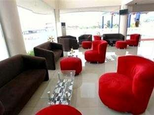 Hotel Halogen Surabaya - Lobby