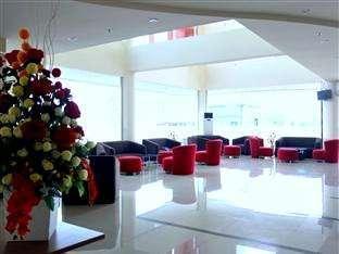 Hotel Halogen Surabaya - Lobi
