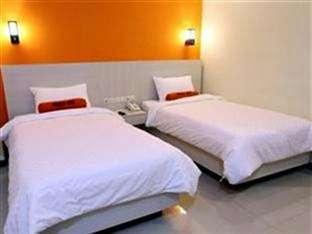 Hotel Halogen Surabaya - Kamar tidur twin