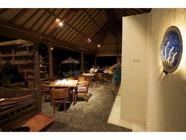 Puri Oka Beach Bungalows Bali - Restoran
