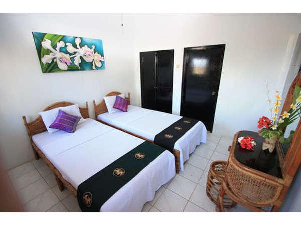 Puri Oka Beach Bungalows Bali - Kamar Standard