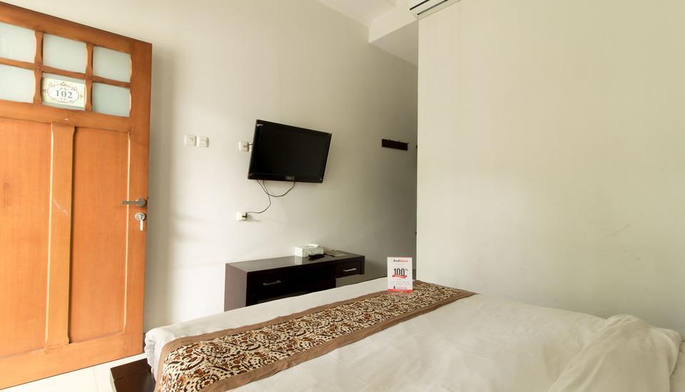 RedDoorz @Burangrang Bandung - Kamar tamu