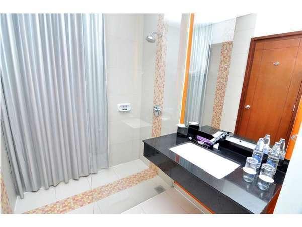 Quest Hotel Semarang -