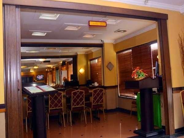 Dhaksina Hotel Medan - Restaurant