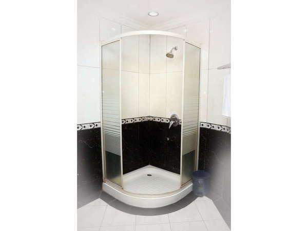 Dhaksina Hotel Medan -  Bathroom