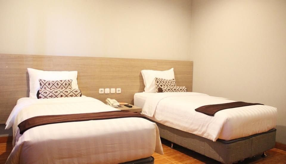 Front One Resort Wisma Aji Yogyakarta - Deluxe Room