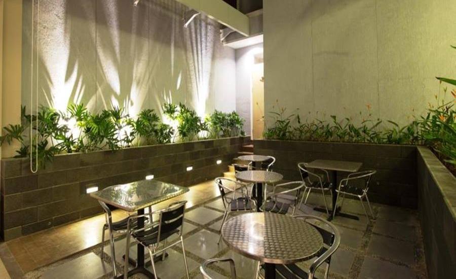 Vinotel Cirebon - Lounge