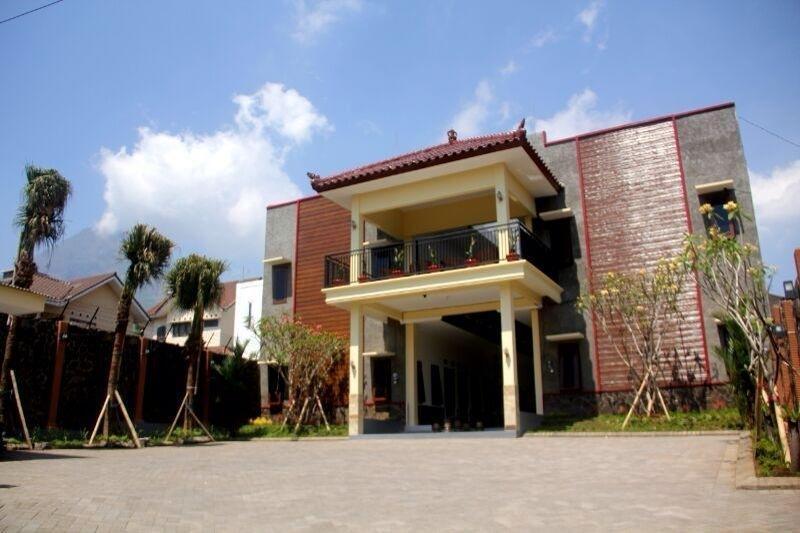 Baliku Guest House Batu - Apperenace1