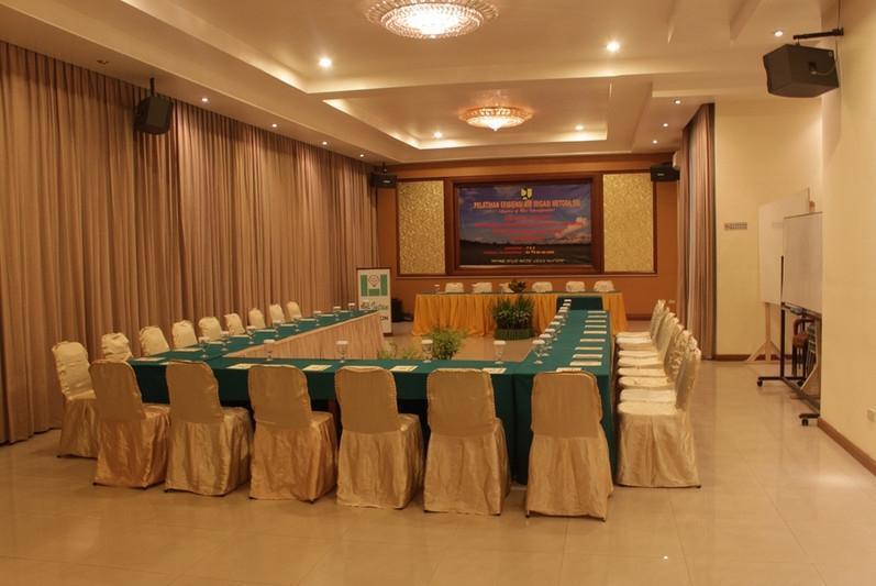 Hotel Intan Cirebon - Ruang Rapat