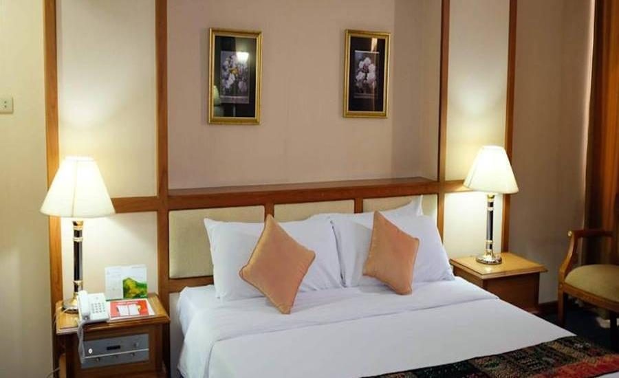 Hotel Marcopolo Jakarta - Superior Double Room Regular Plan