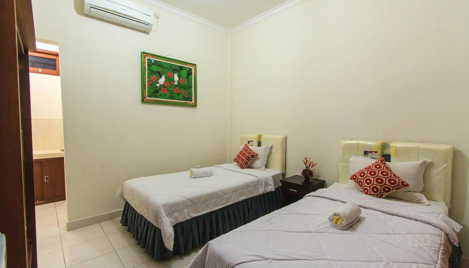 Pondok Anyar Inn Bali - Superior Room with Breakfast Flash Deal 50% Discount