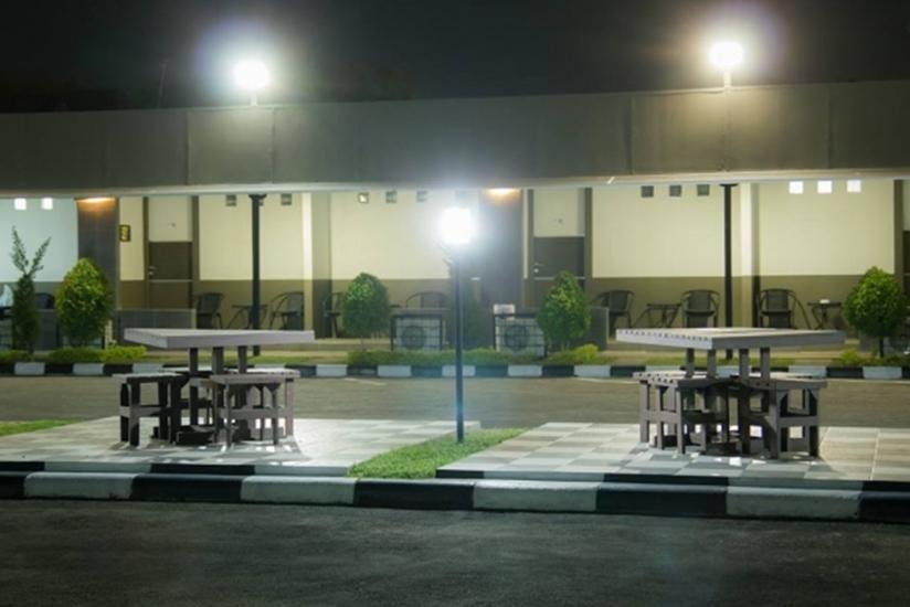 Hotel Satria Cirebon - Tampilan Luar Hotel