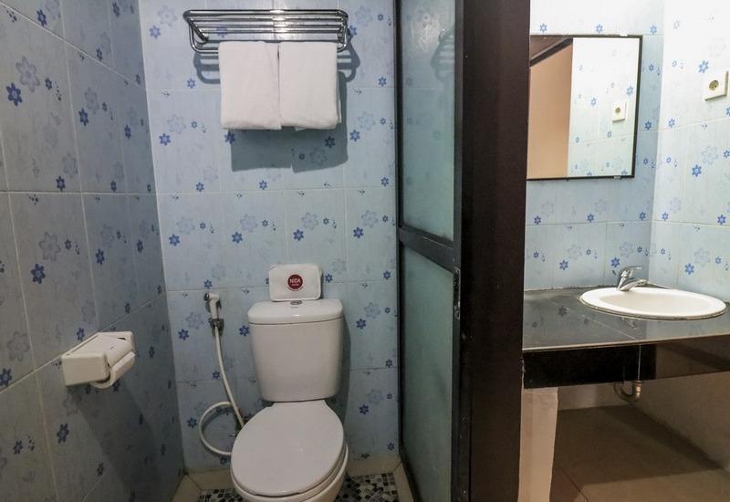 NIDA Rooms Ratulangi 17 Trans Studio Makassar - Kamar mandi