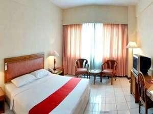 Istana Nelayan South Tangerang - Deluxe Queen Room Only Regular Plan