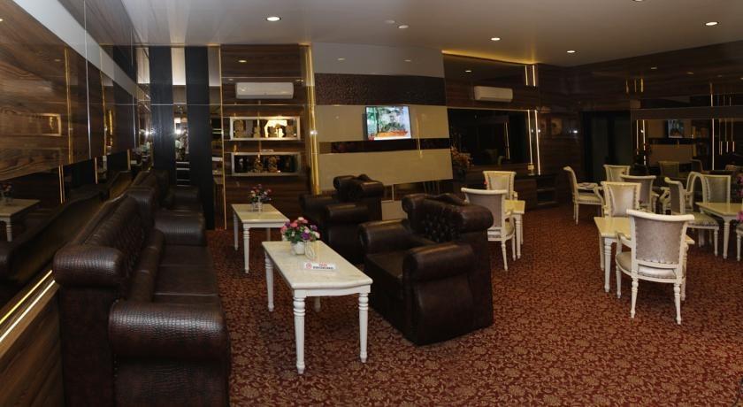 Hotel Yasmin Makassar - Ruang tamu