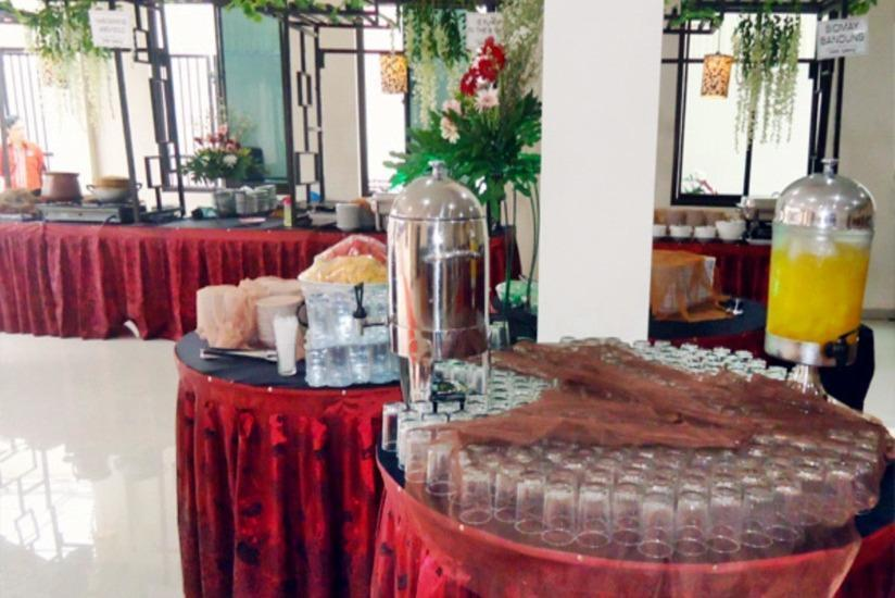 Dermaga Keluarga Hotel Yogyakarta - Restoran