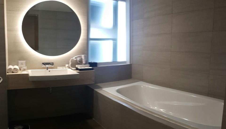 Swiss Belinn Simatupang Jakarta - Premiere Bathroom