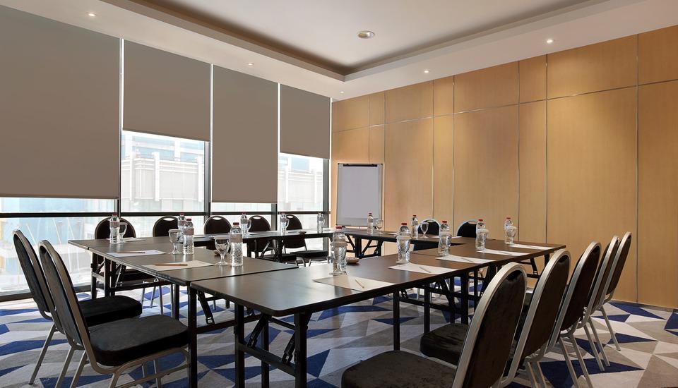 Swiss Belinn Simatupang Jakarta - meeting room