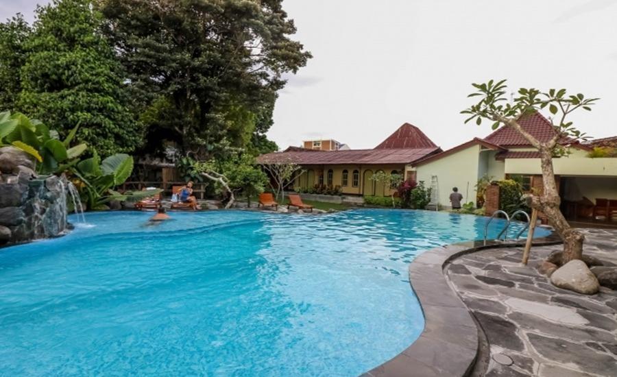 NIDA Rooms Airport Road Pakualaman - Kolam Renang