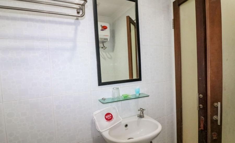 NIDA Rooms Airport Road Pakualaman - Kamar mandi