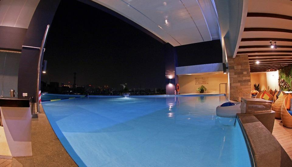 Golden Tulip Passer Baroe Jakarta - pool2