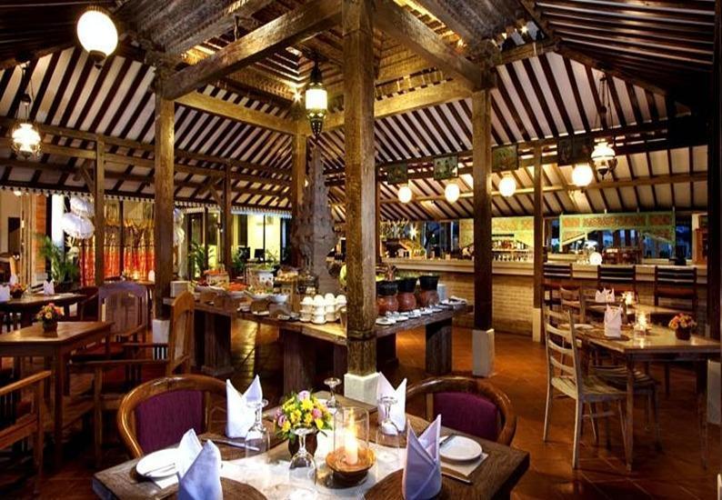 Keraton Jimbaran Resort Bali - Restoran