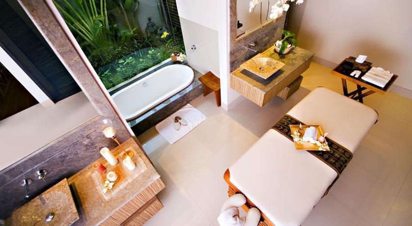 DISINI Luxury Spa Villa Bali - Kamar mandi